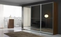 Гардероб с плъзгащи врати - огледала
