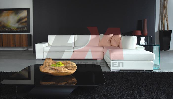 Голяма мека мебел по поръчка с вградени светлини
